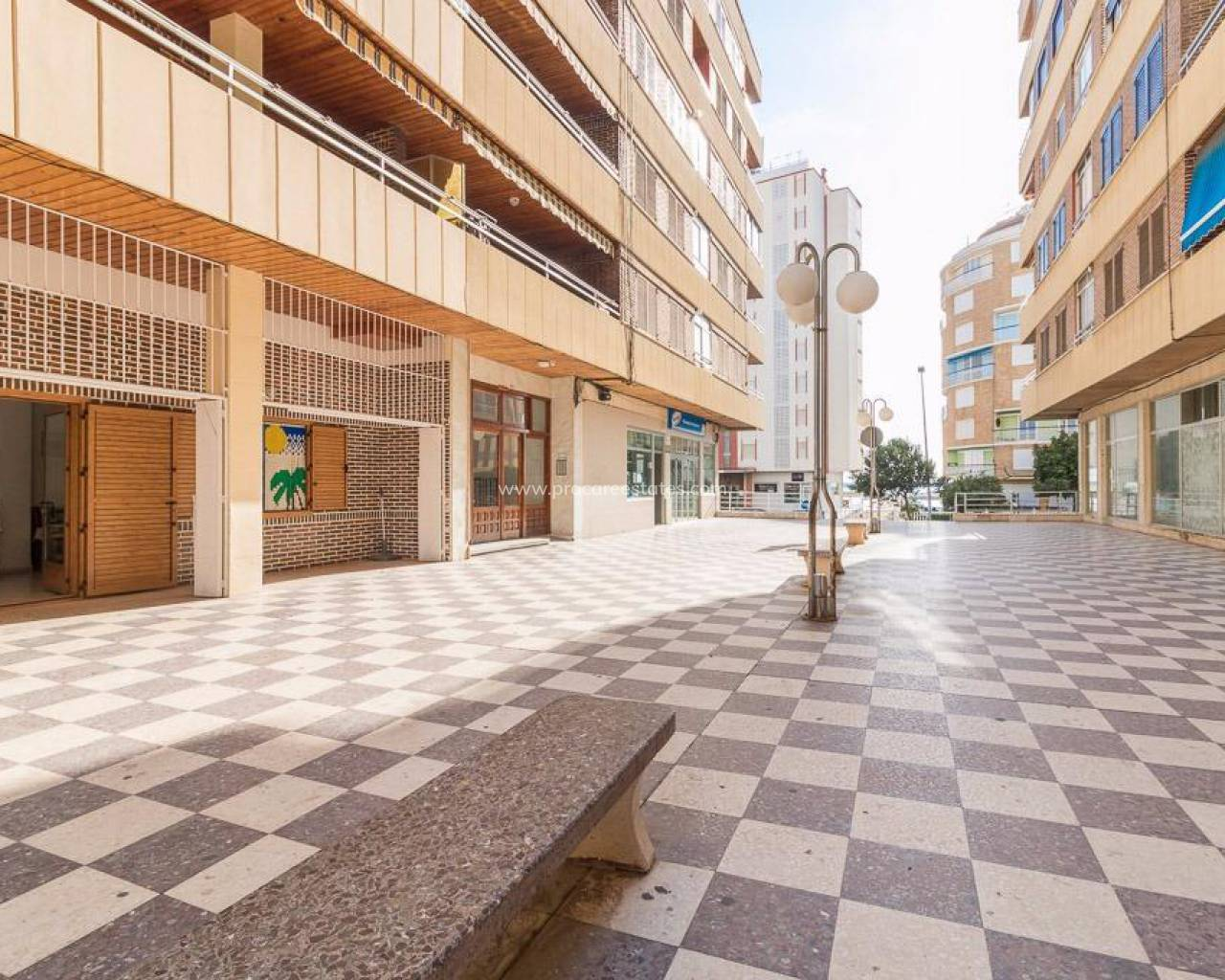 Commercial property - Resale - Torrevieja - Acequion