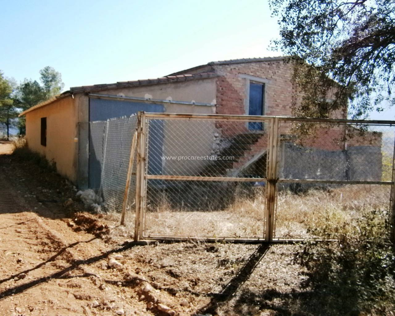 Resale - Country Property - Agres